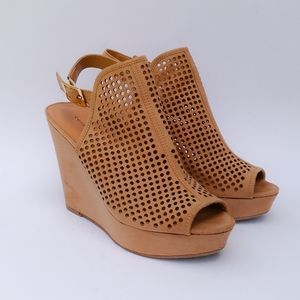 Size 9.5 Chinese Laundry Suede Slingback Wedges